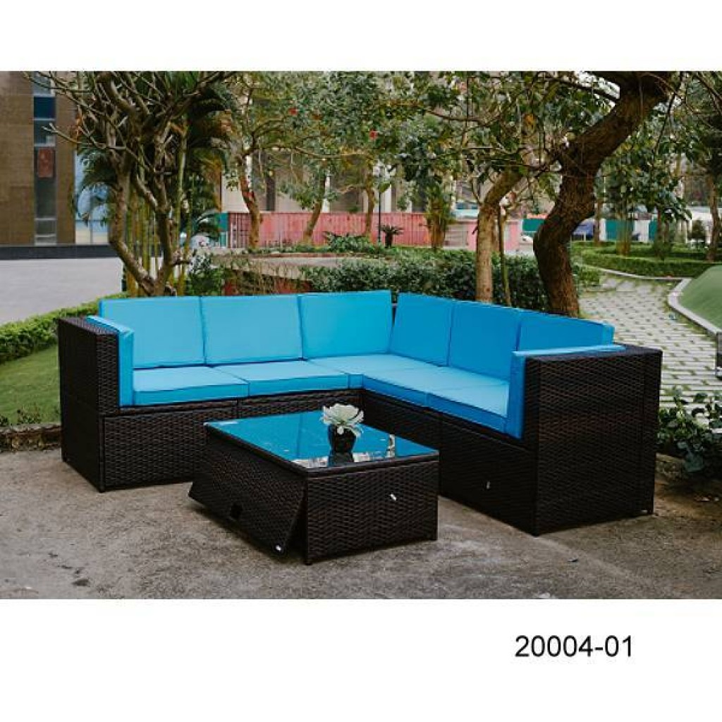 20004-01 Wicker sofa