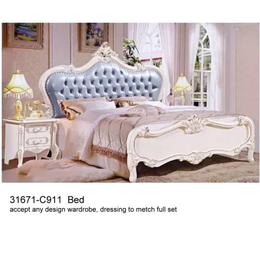 31671-C911 Classic Bedroom Set