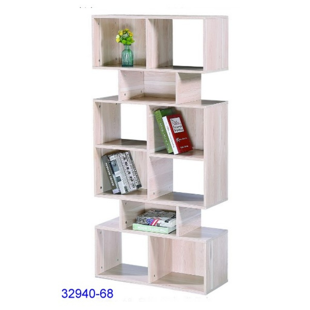 32940-68 Wooden bookcase