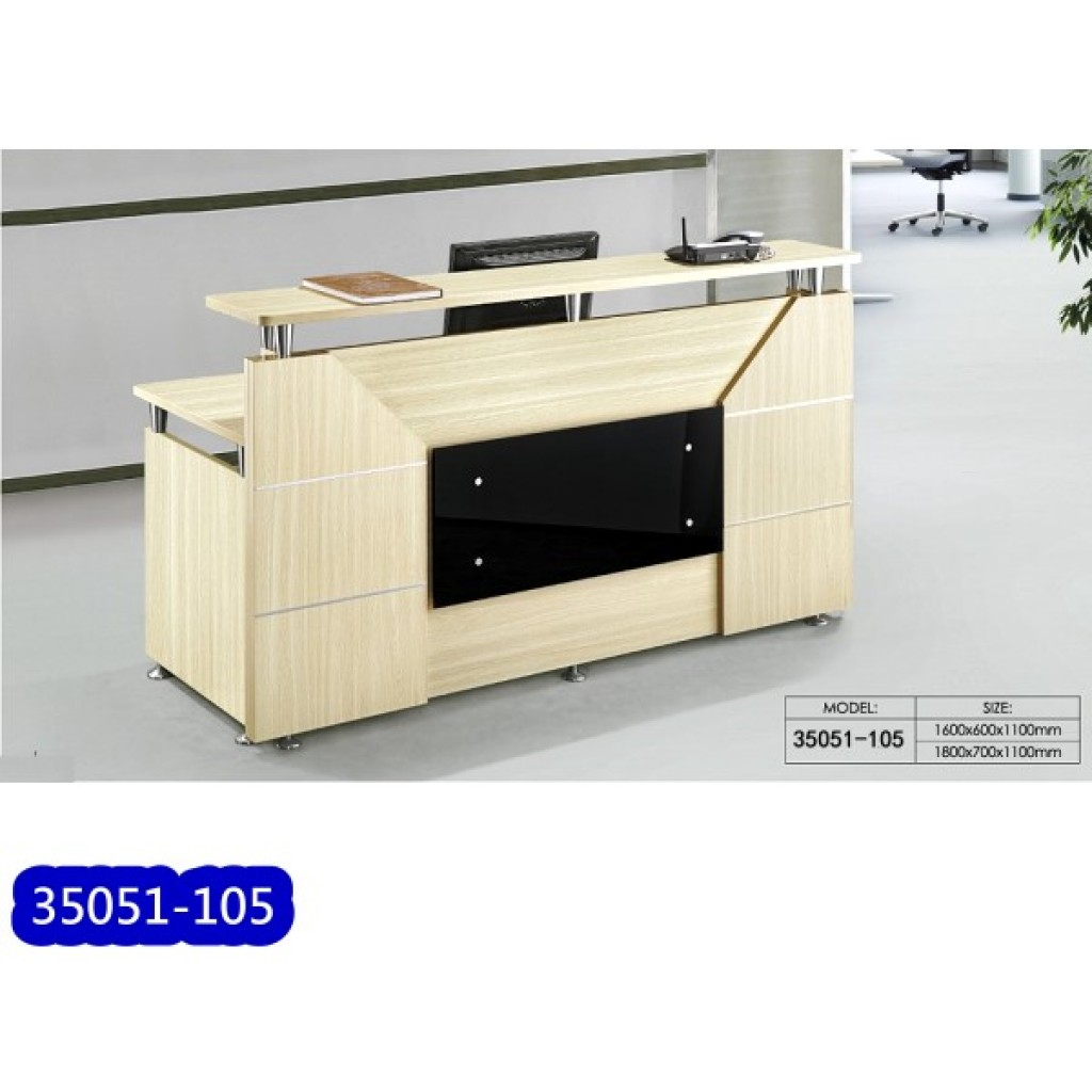 35051-105 Wooden Reception Table