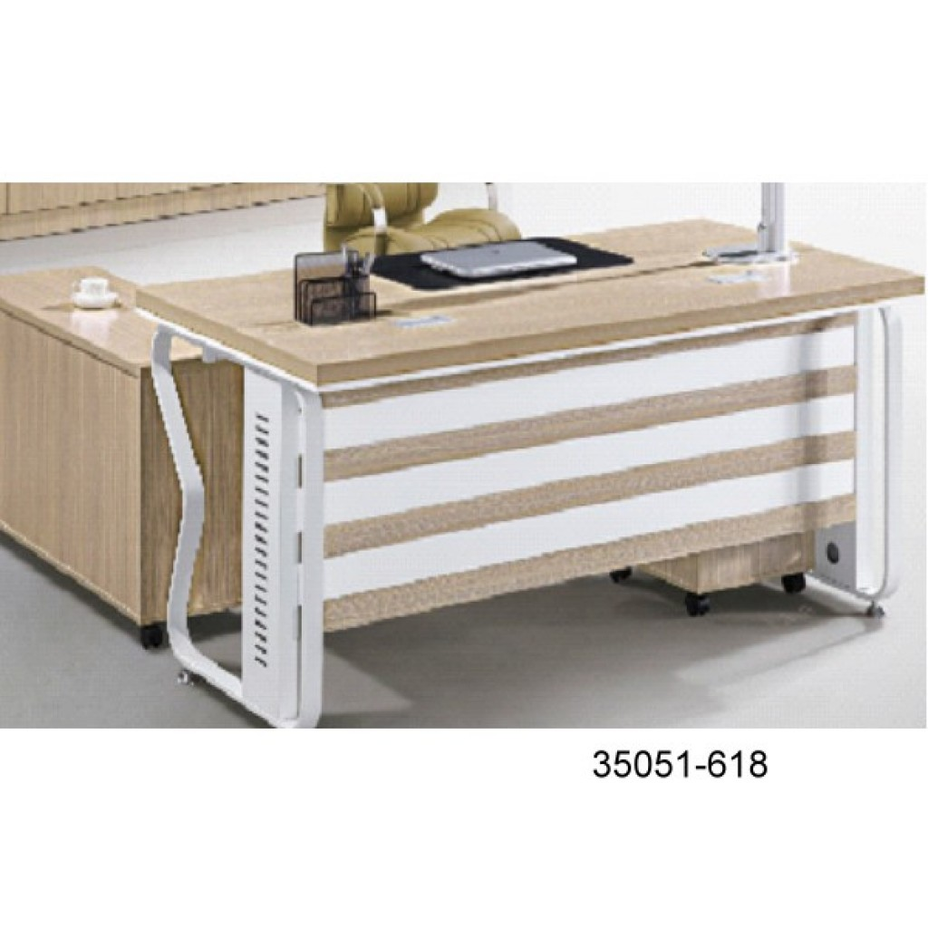 35051-618 Office desk